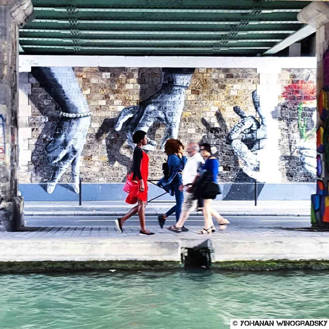 Welcome to the real world – street art par Oji, Paris