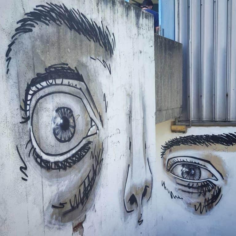 Têtes de travers – Street art par Josh Jeavons, Vitry-sur-Seine
