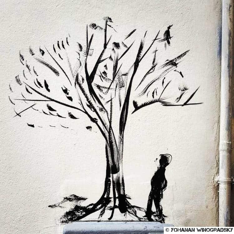 streetart-paris-butte-aux-cailles-promeneur-arbre-01