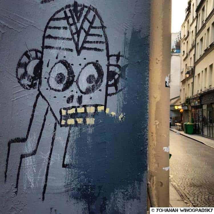 streetart paris rue greneta robot