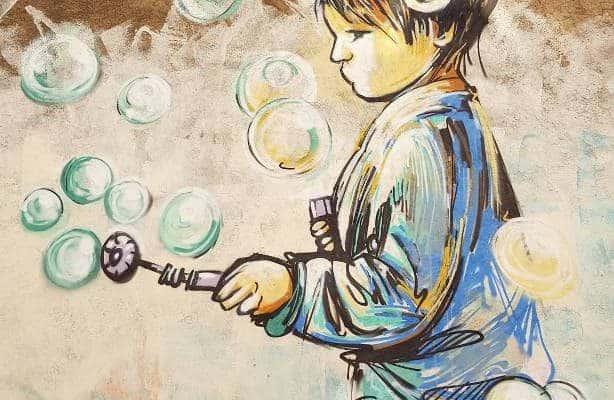 Des bulles & des Big Bang – Street art par Alice Pasquini, Vitry-sur-Seine