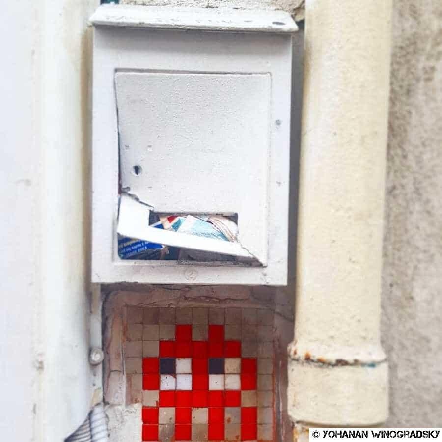 streetart paris par invader PA 452