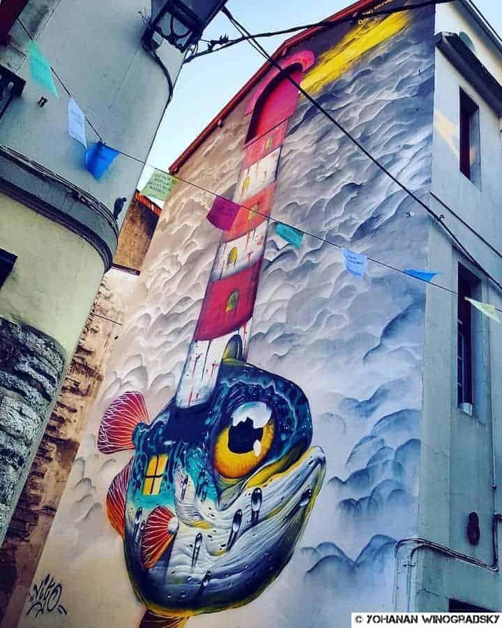 street art par veks van hillik à bayonne pour le festival d'art urbain points de vue