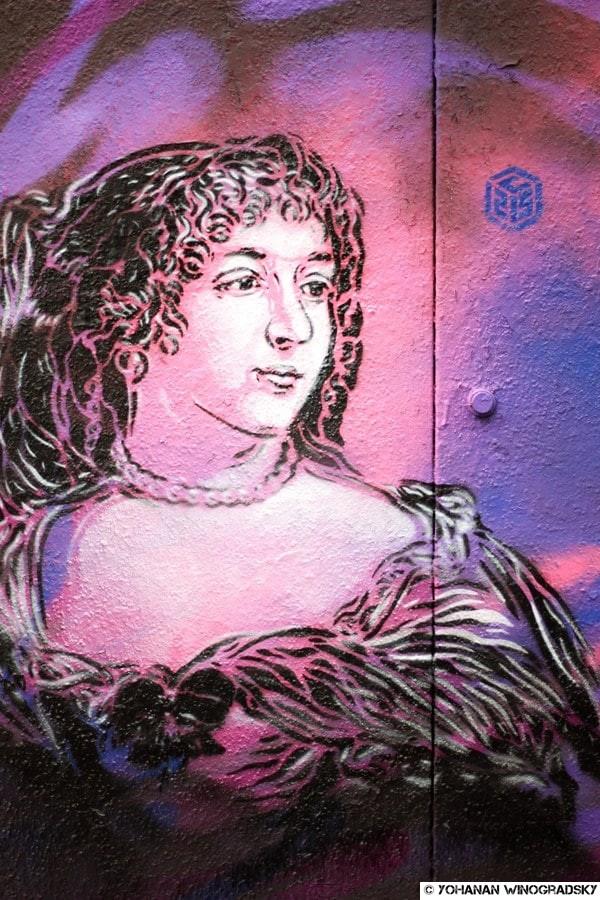 c215 le grand siècle du Marais paris street art madame de sévigné