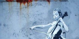 street art polar bear paris jeune fille violoncelle